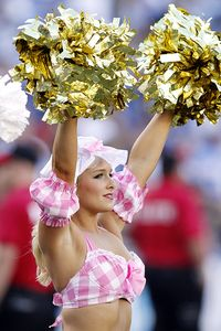 Chargers cheerleader