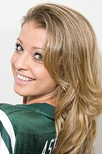 Jets cheerleader