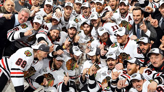 Chicago Blackhawks with Stalney Cup