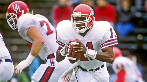 Andre Ware, quarterback for the Houston Cougars, won the Heisman Trophy in 1989.