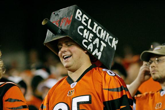 Cincinnati Bengals fan mocks Bill Belichick and Spygate