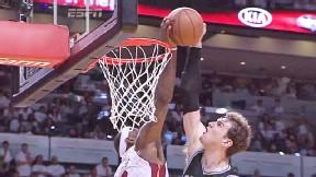 LeBron James block 3