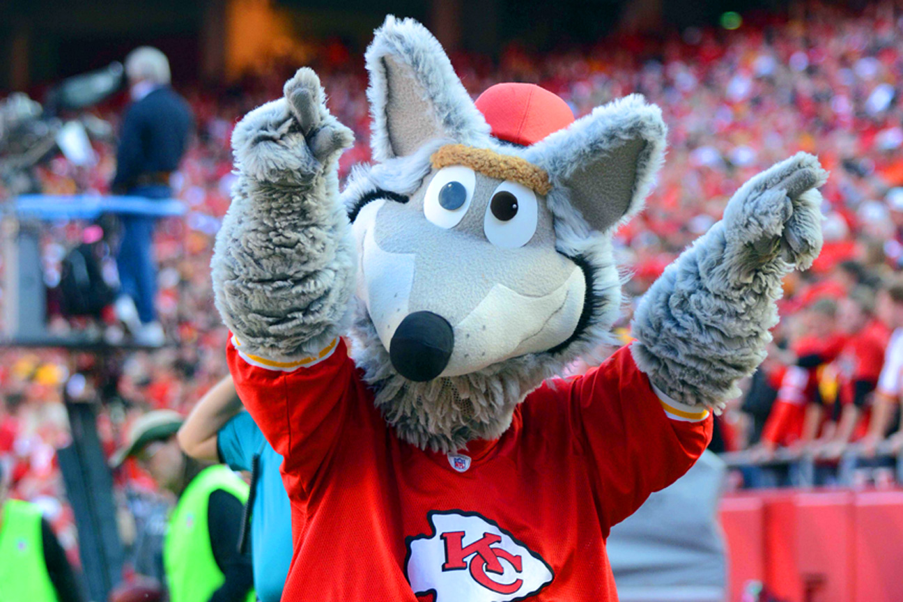 Kansas City Chiefs Mascot Hurt During Practice At Arrowhead