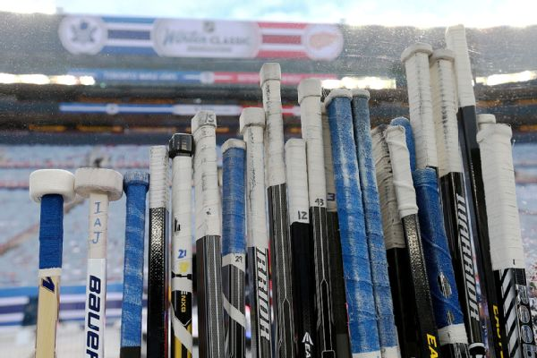 Indigenous NHL pioneer Sasakamoose dies at 86