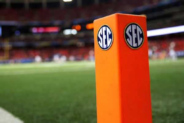 SEC schedule opens with 3 Power 5 matchups