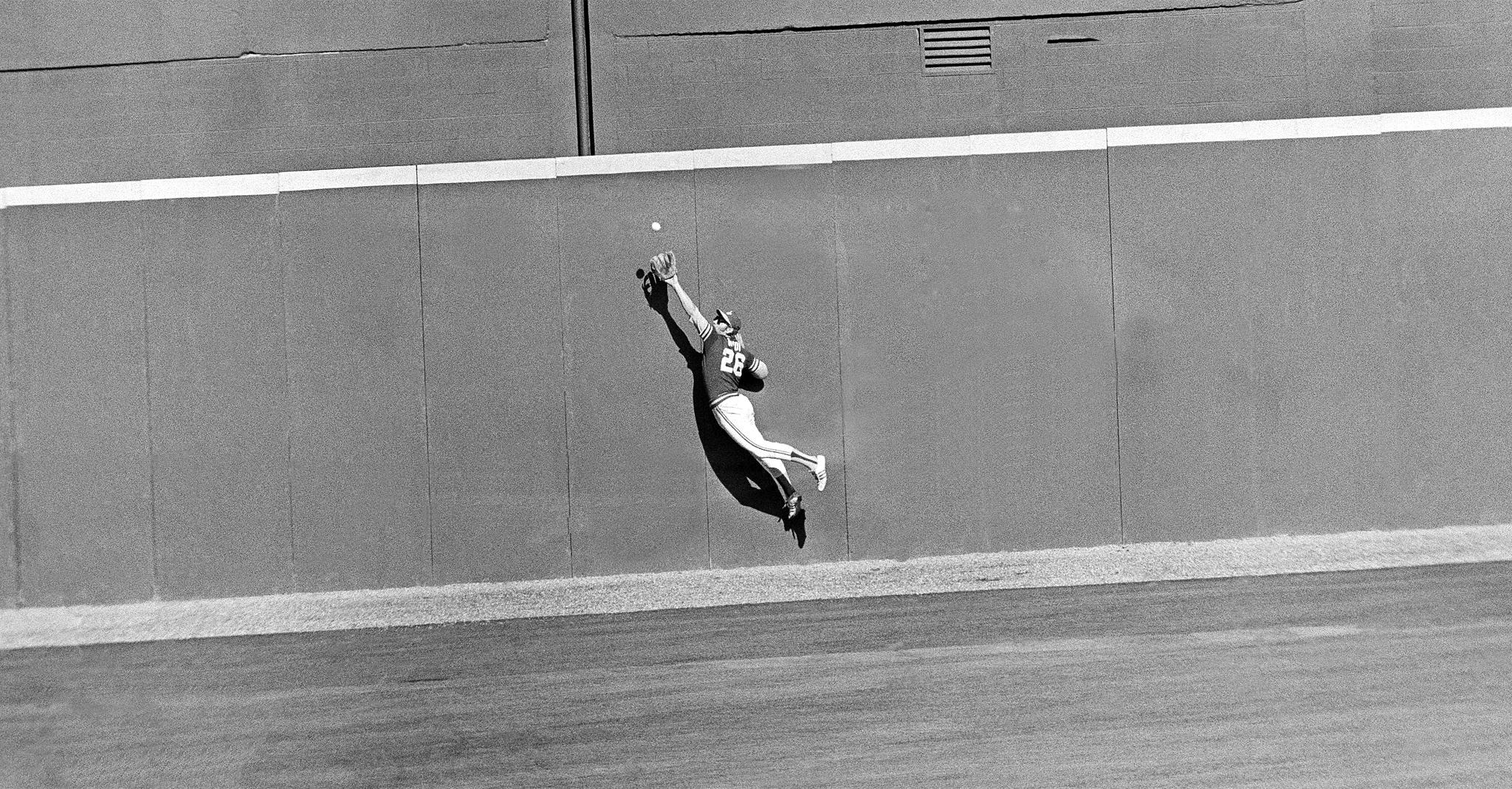 Joe Rudi: 1972 World Series, Game 2 - Greatest OF catches in MLB postseason  history - ESPN