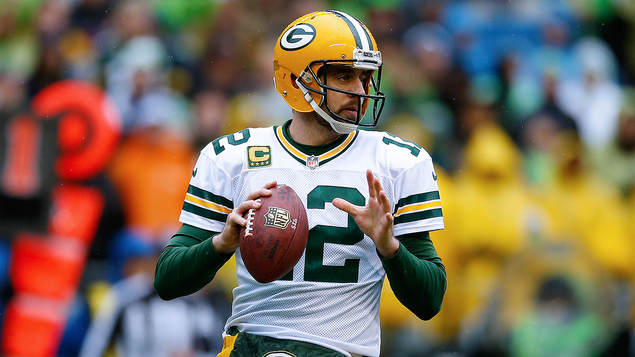 Aaron Rodgers Of Green Bay Packers Dislikes New Pat Rule Says It Threatens Player Safety