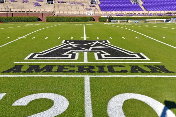 AAC commissioner: No plot to poach from Big 12