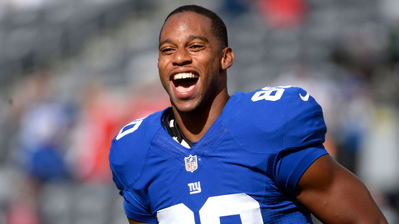 The 33-year old son of father (?) and mother(?) Victor Cruz in 2020 photo. Victor Cruz earned a million dollar salary - leaving the net worth at million in 2020