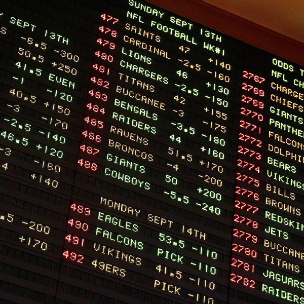 MGM, Wynn close Vegas properties amid crisis