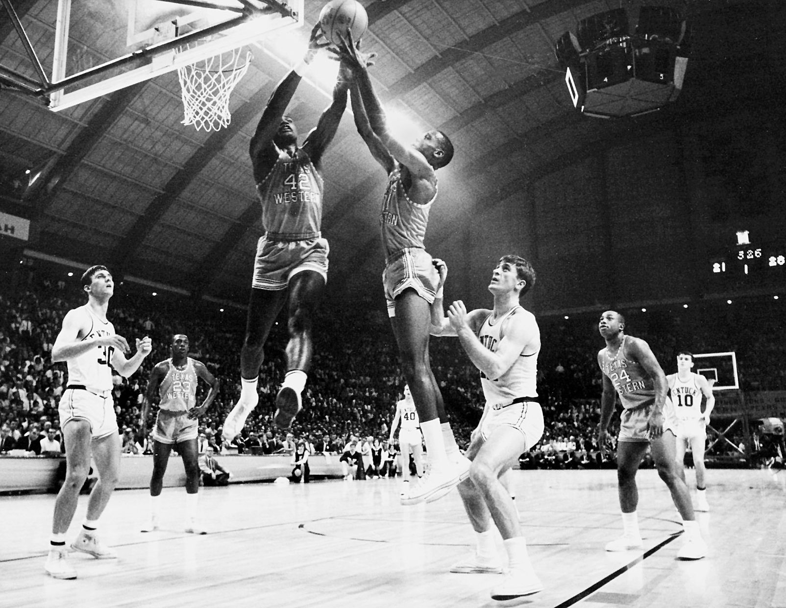 David Lattin - Photos: 1966 Texas Western vs. Kentucky National ...
