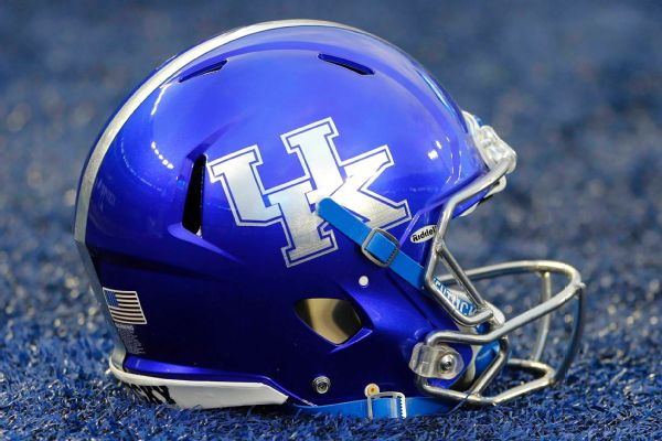 Kentucky WR coach Bouknight charged with DUI