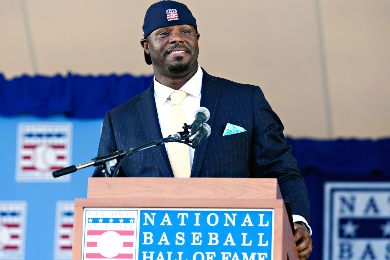 MLB tasks Griffey to help with youth initiatives