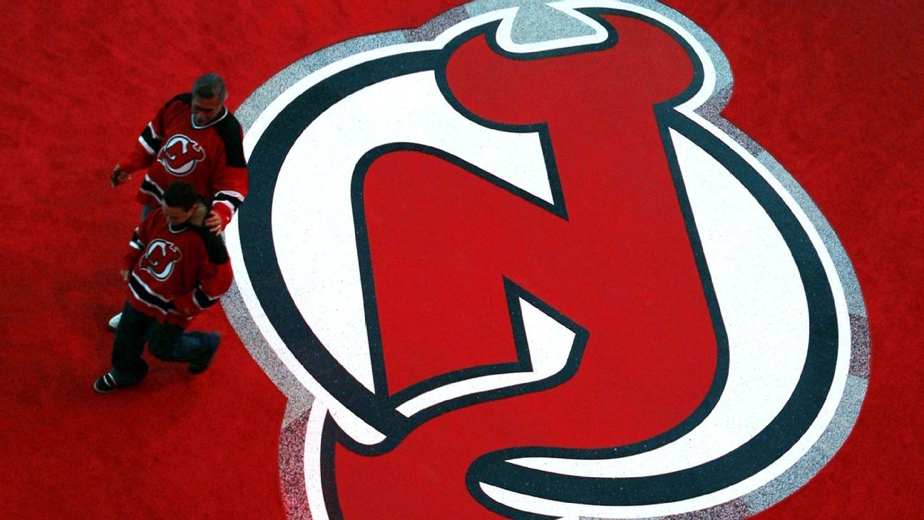 Devils sign 1st-rounder Holtz to entry-level deal