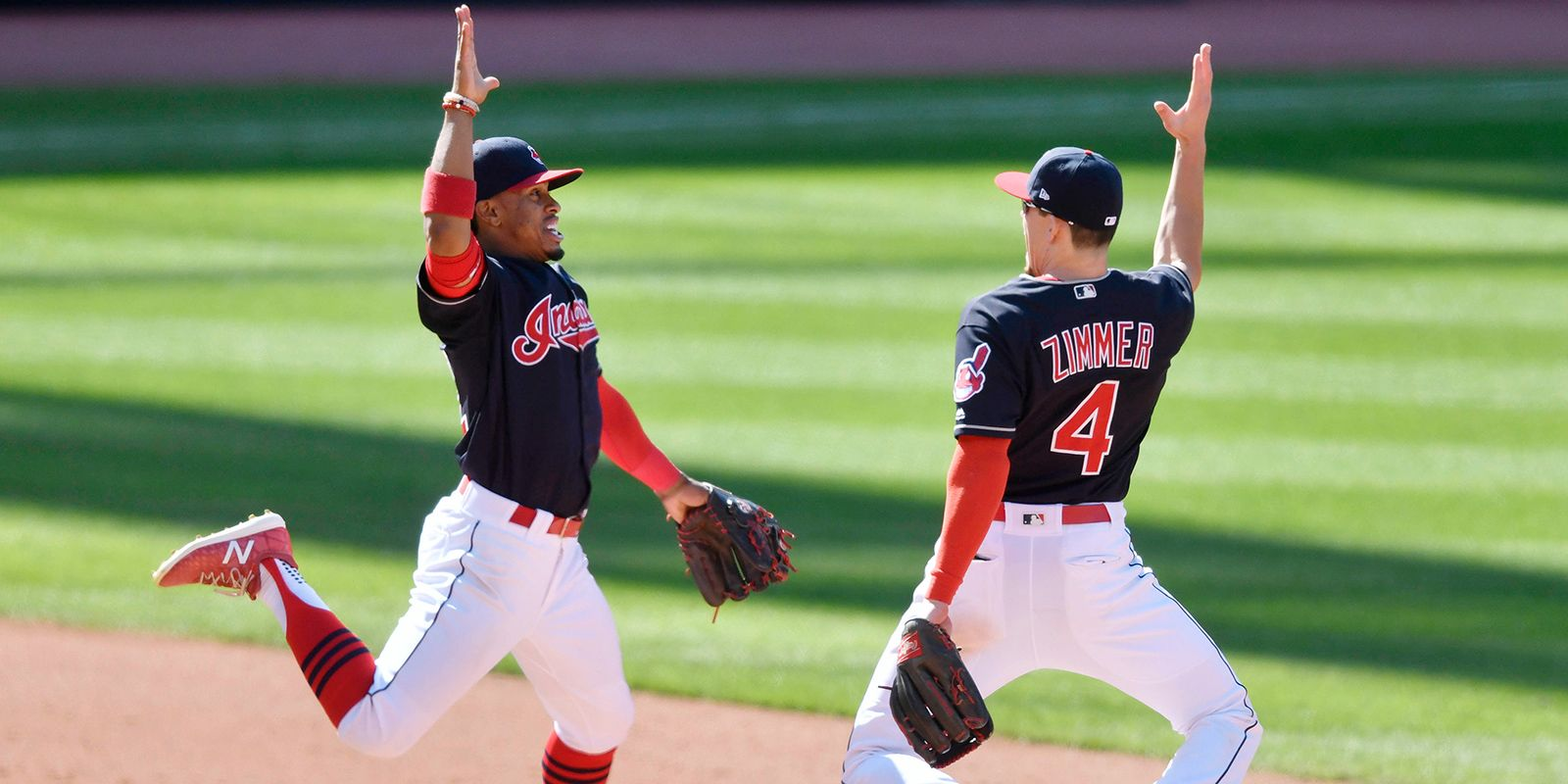 Inside the cleveland indians clubhouse during their historic 22 game win streak - Cleveland indians pictures ...