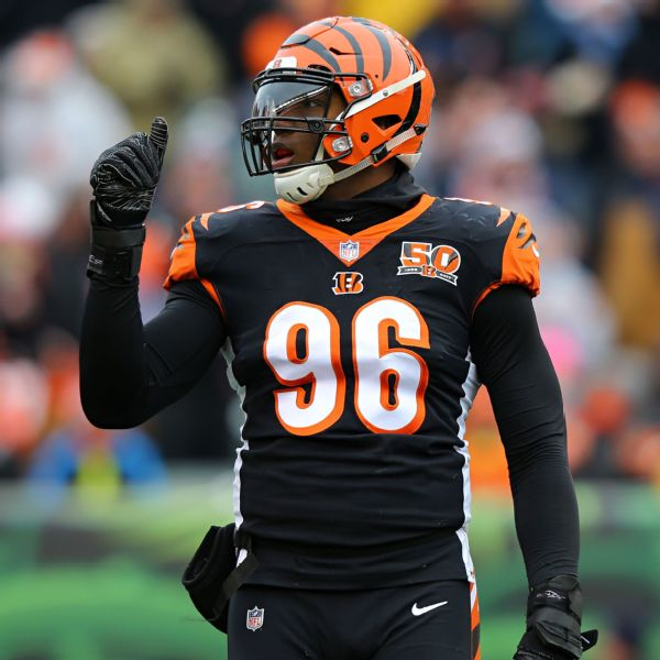 Bengals trade disgruntled Dunlap to Seahawks
