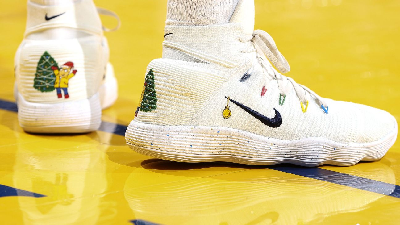 """Anta 2021 New Nba Klay Thompson Kt3 """"Christmas Wars"""" Nba Which Player Had The Best Sneakers On Christmas Day"""