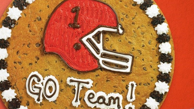 Admirable Cookie Cakes A Football Recruiting Origin Myth Funny Birthday Cards Online Eattedamsfinfo