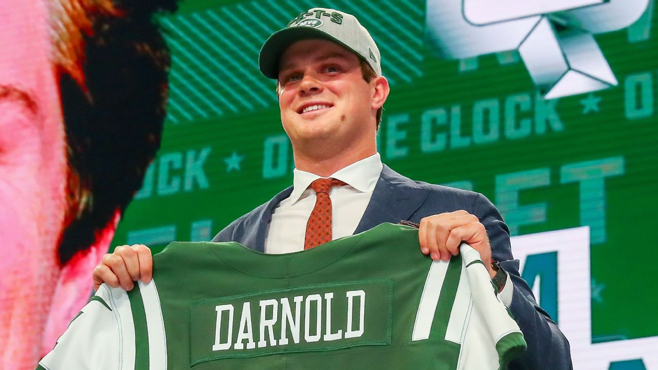 New York Jets Select Qb Sam Darnold With No 3 Overall Draft
