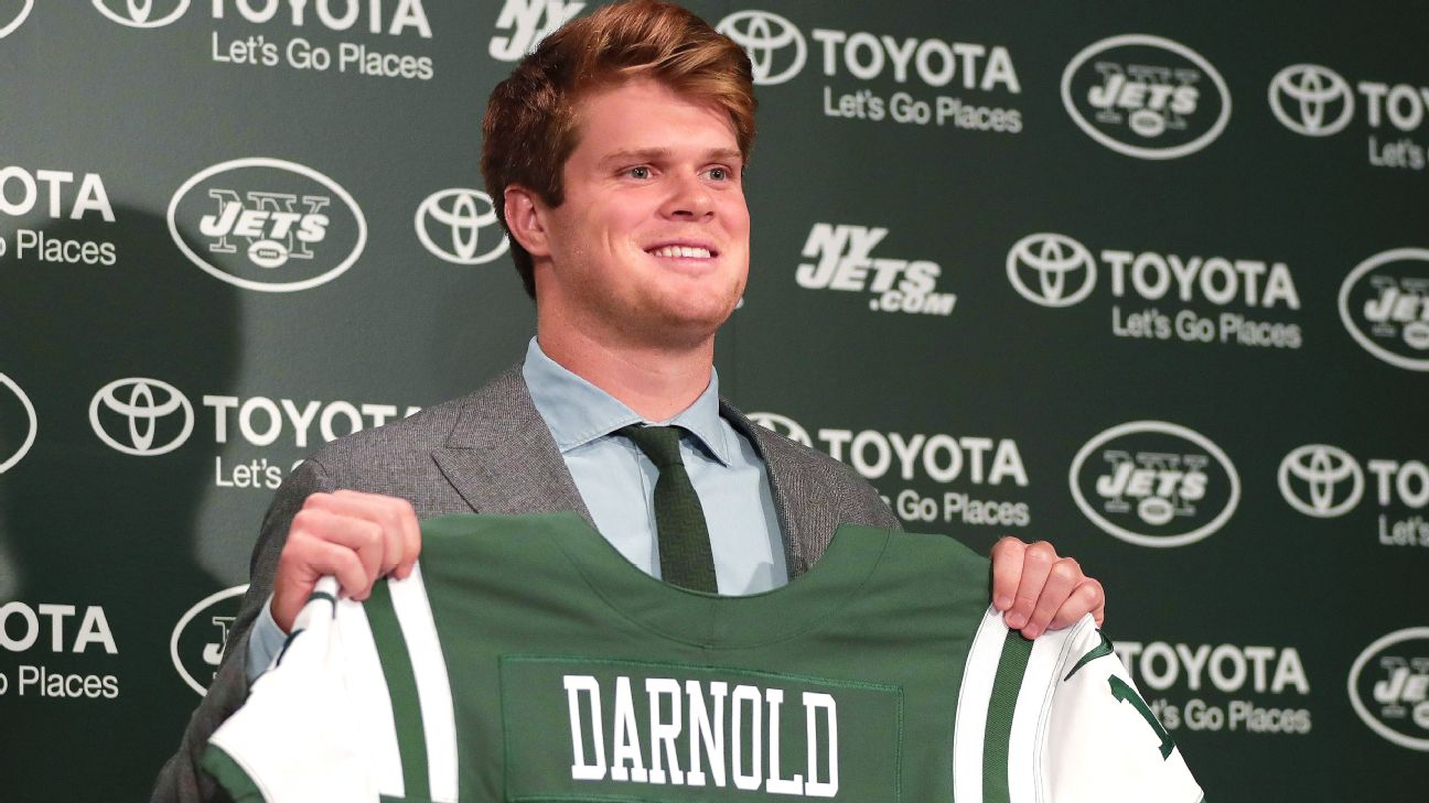 ae1228c86bef Sam Darnold unsigned as Jets start camp  Todd Bowles says  there s ...