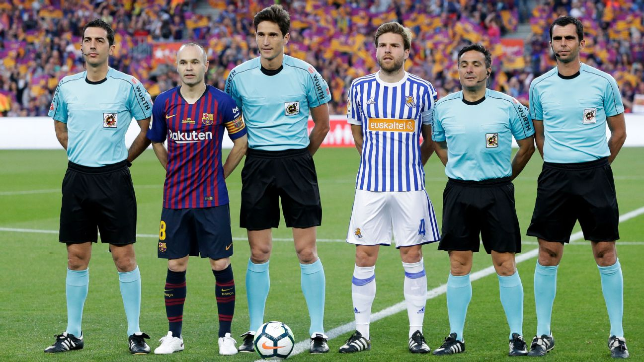 Andres Iniesta s last game for Barcelona  His final day in pictures b56707f822f