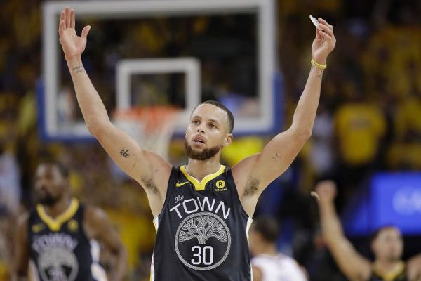 6ef5e2ab216 Stephen Curry  New-look Warriors  got better  this offseason ...