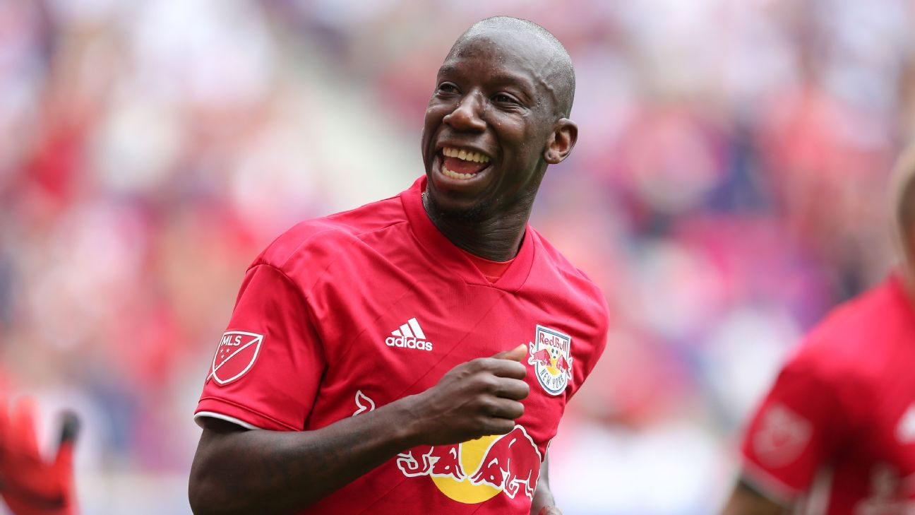 Sources: Bradley Wright-Phillips set to train with LAFC - ABC7 New ...