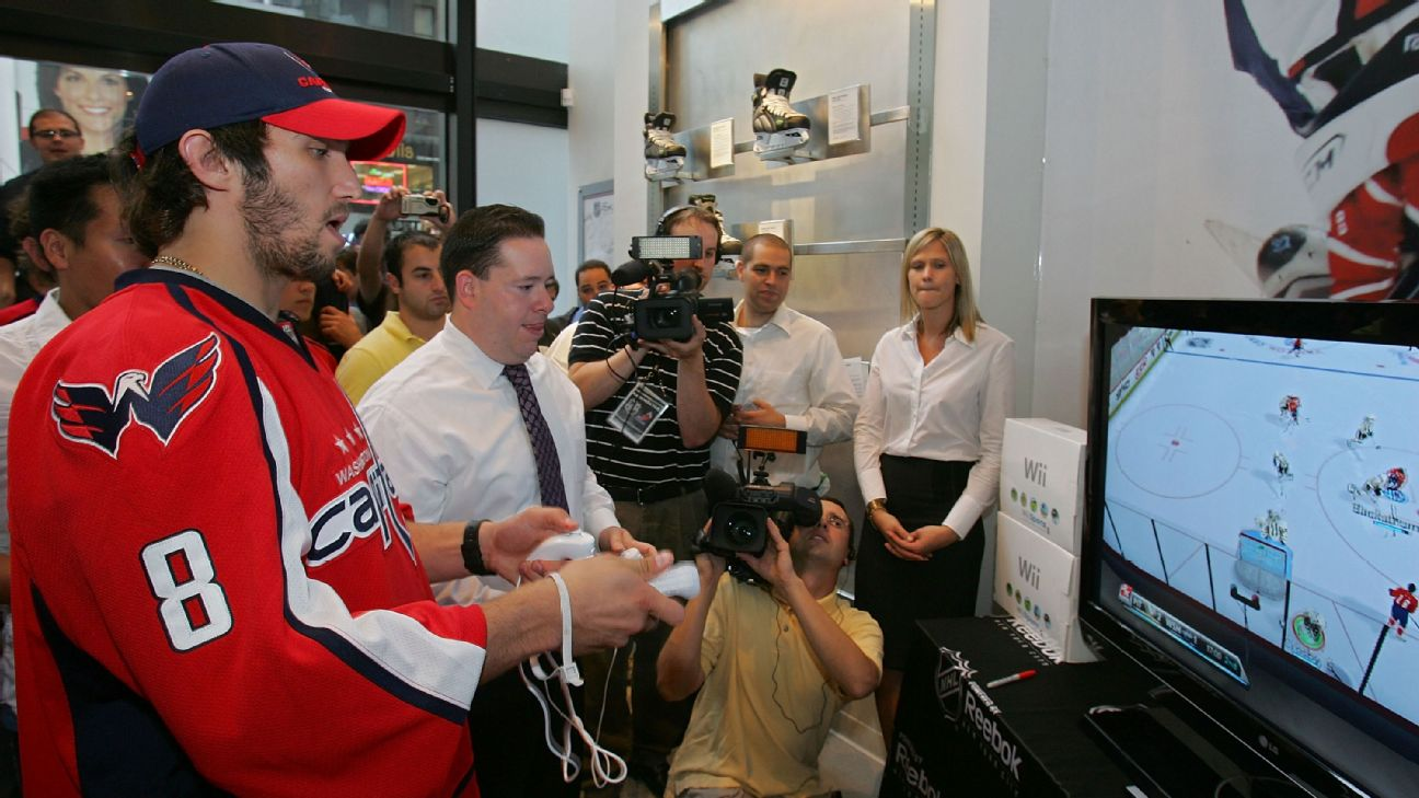 NHL Weekly Reader: Blades of Steel vs  Nintendo Ice Hockey