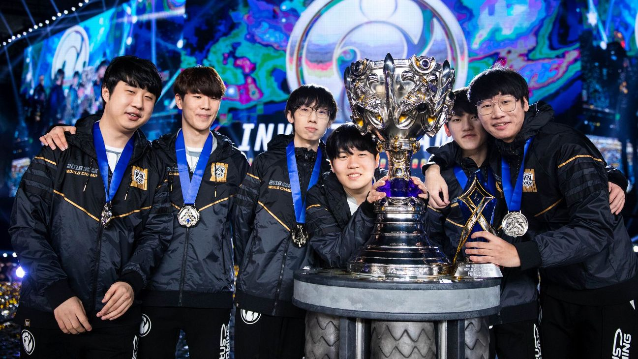 League of Legends Roster Shuffle 2018 -- signings, roster