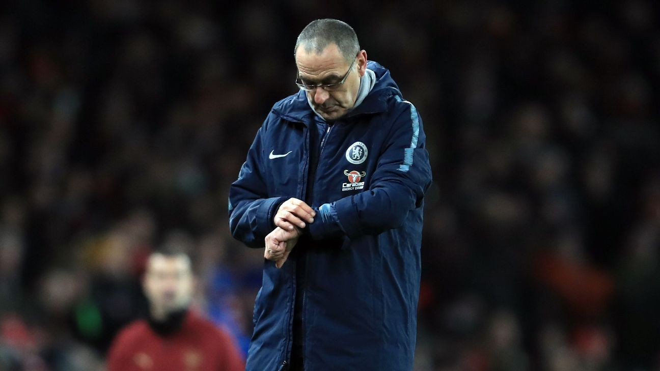 Maurizio Sarri blasts his players but Chelsea s issues are his fault