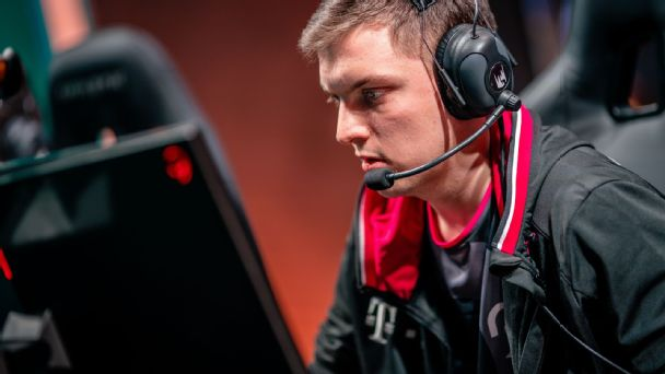 League of Legends: SK's Selfmade thrives in Week 1