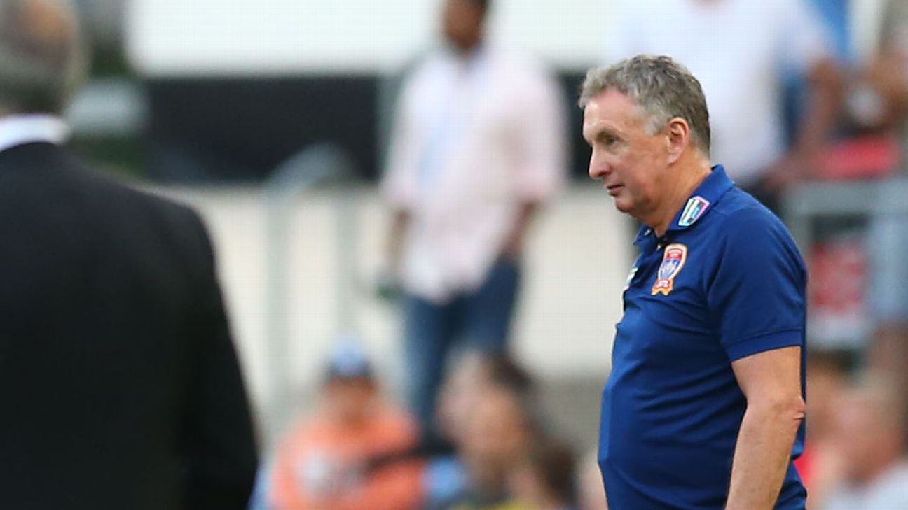Ernie Merrick defiant over Newcastle Jets  A-League finals hopes:  We ll definitely make the top six