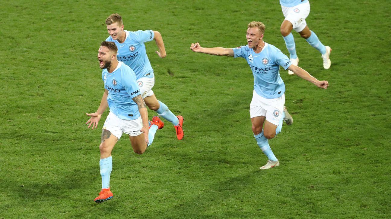 Melbourne City beat Western Sydney Wanderers in 7-goal thriller