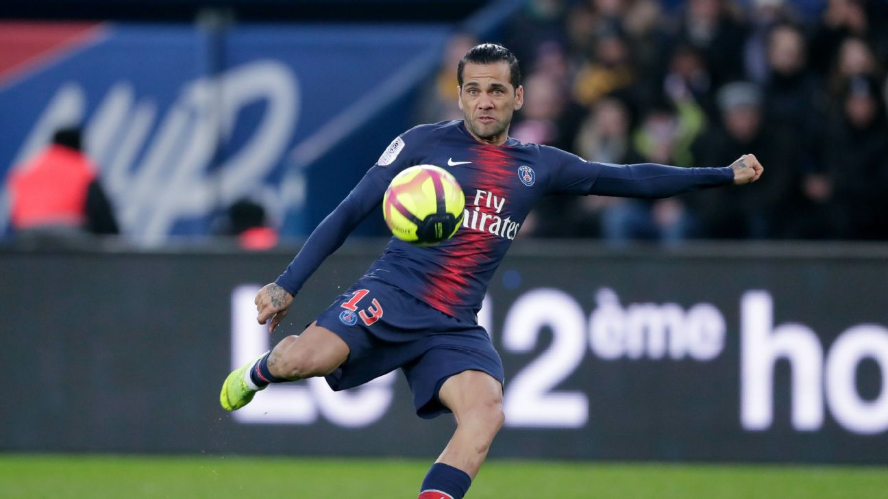 Dani Alves has impressed while deputising in midfield and could play there in the UCL if PSG don't secure any midfield reinforcements.