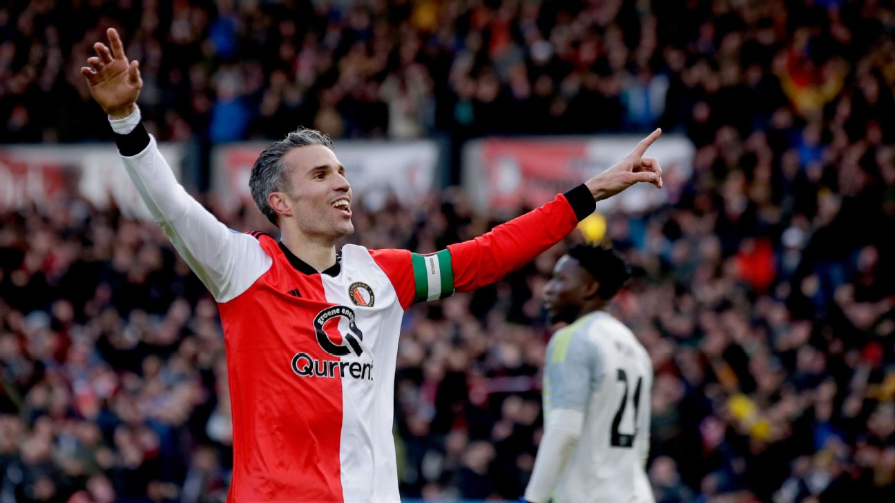 Robin van Persie of Feyenoord celebrates 4-2 during the Dutch Eredivisie match between Feyenoord v Ajax