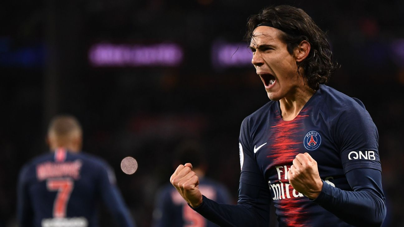 Edinson Cavani celebrates after scoring in Paris Saint-Germain's Ligue 1 win over Rennes.