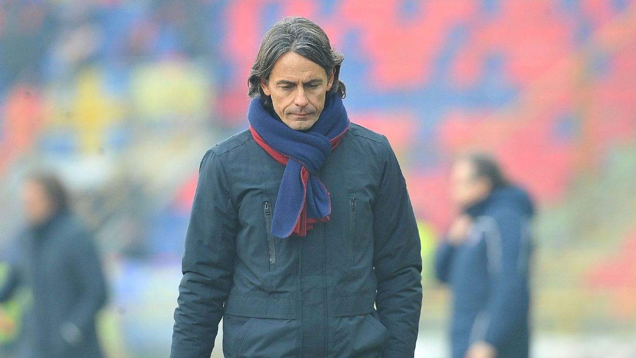 Filippo Inzaghi walks to the dressing room at half-time of Bologna's 4-0 loss to Frosinone on Sunday.