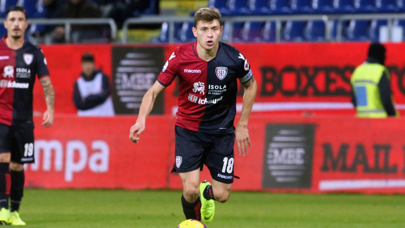 Nicolo Barella in action during Cagliari's Serie A clash with Empoli