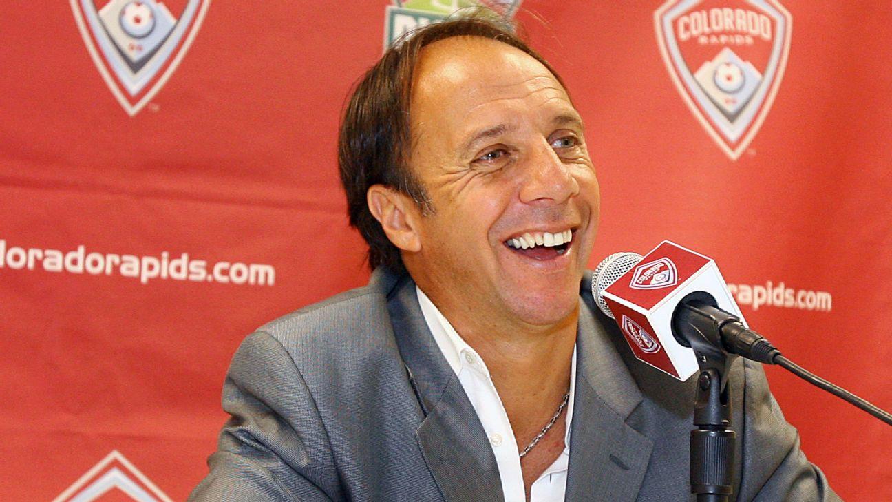 Fernando Clavijo, National Soccer Hall of Fame member, dies at 63