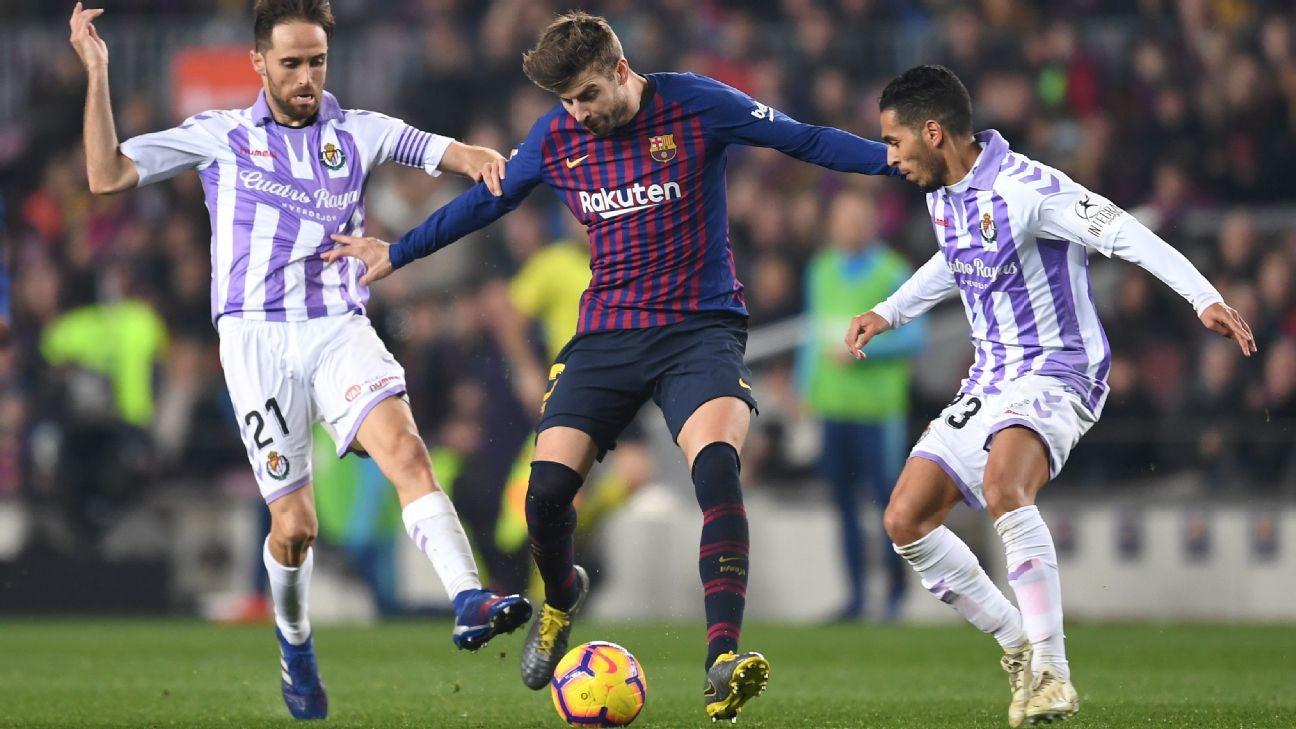 Gerard Pique played a decisive role in Barcelona's narrow win against Real Valladolid.