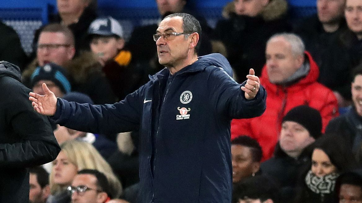 Maurizio Sarri looks on during Chelsea's FA Cup defeat to Manchester United.