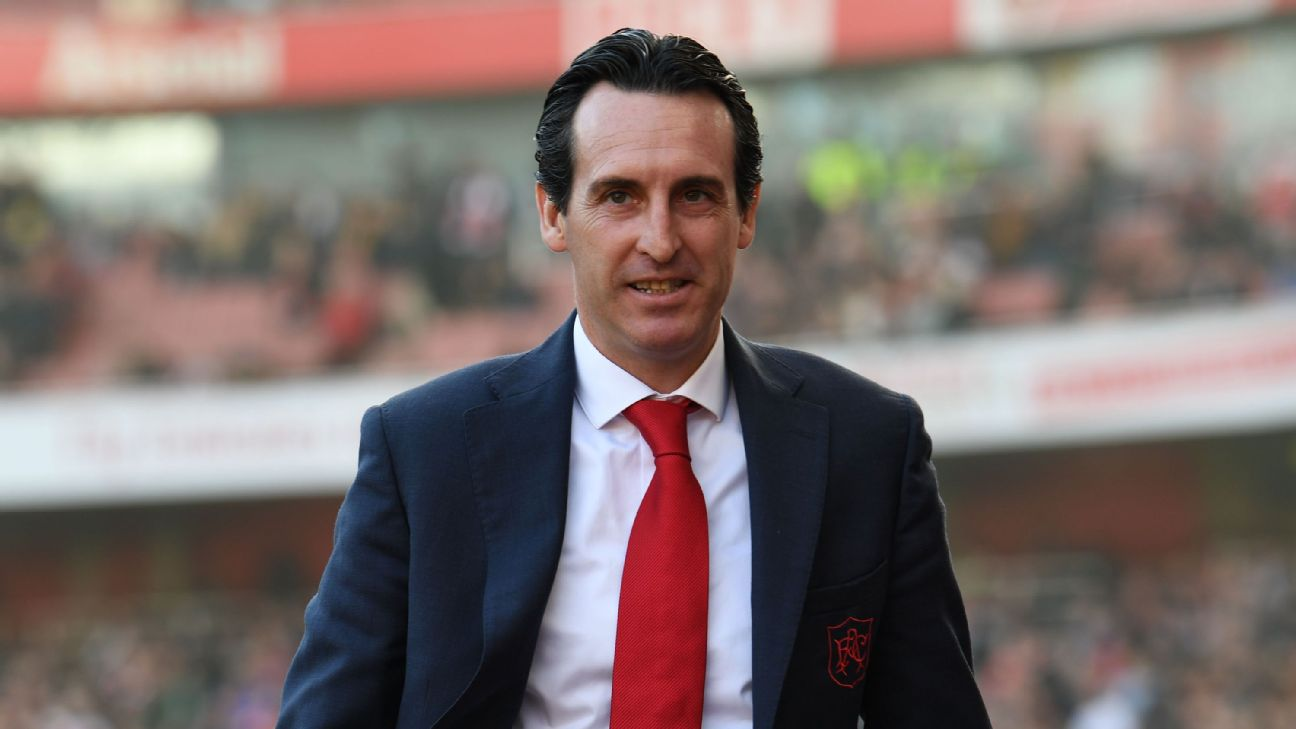 Unai Emery on the Emirates touchline during Arsenal's 2-0 victory over Southampton