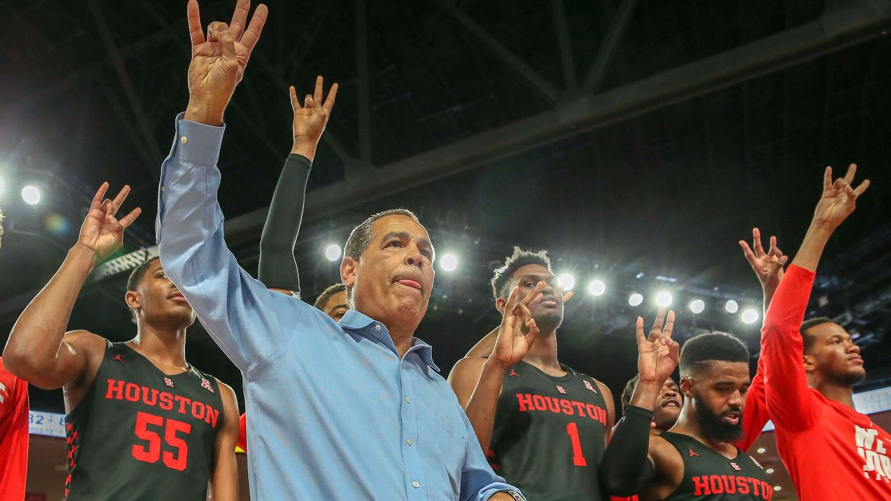 9b540c16 How Houston launched a college basketball renaissance