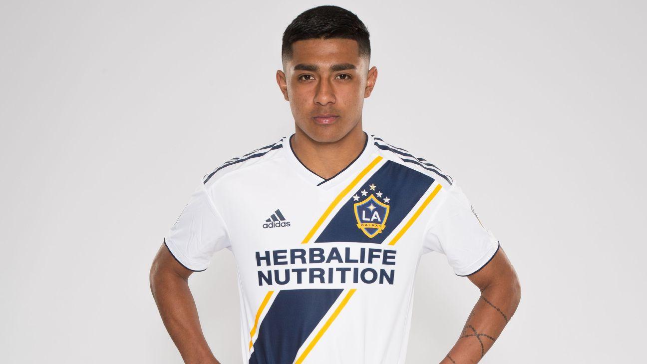 LA Galaxy sign U.S. youth Julian Araujo, 17, to first-team deal