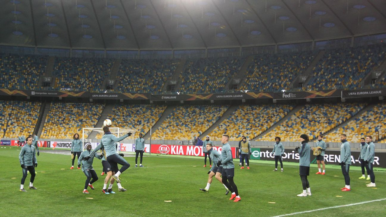 Chelsea's players trained at the Olympic Stadium in Kiev ahead of their UEFA Europa League second leg on Thursday.