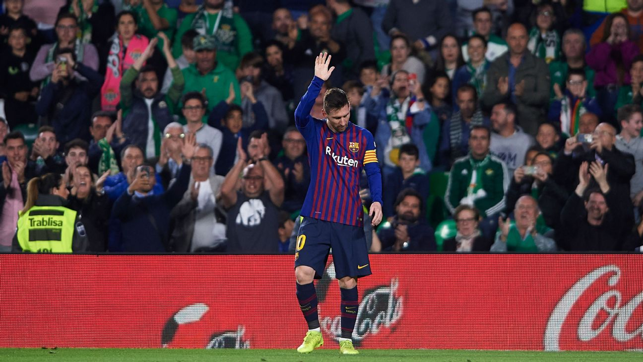 Messi goes interstellar with that chip vs. Betis 90fb80845
