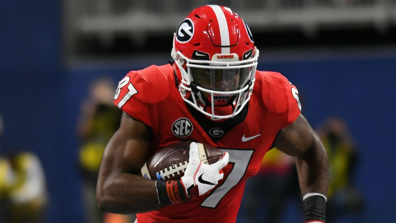 Two Georgia players arrested after bar fight