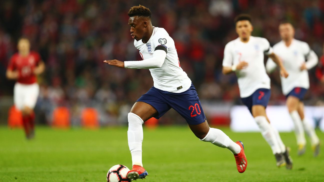 Callum Hudson-Odoi controls the ball during England's Euro 2020 qualifier against the Czech Republic.
