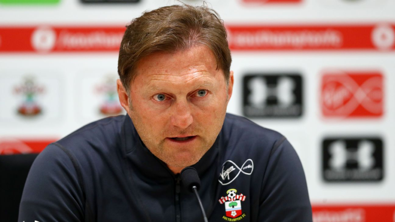 Southampton boss Ralph Hasenhuttl told journalists he was aiming to protect his players against becoming addicted to gaming.
