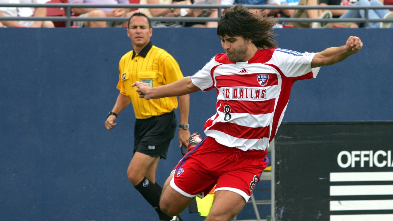 Juan Toja crosses the ball during FC Dallas' MLS match against Real Salt Lake.
